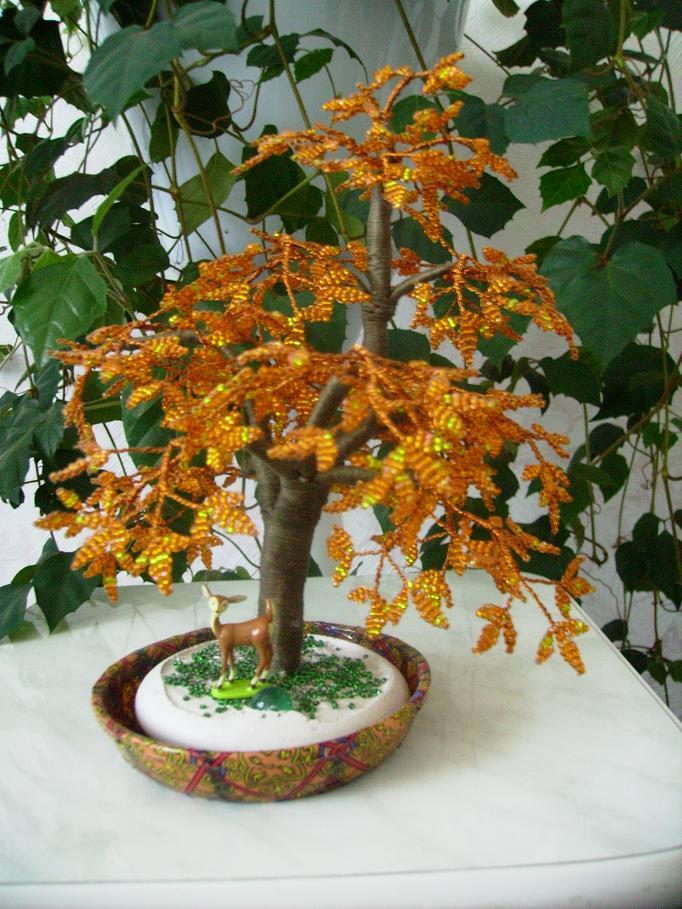 Деревья из бисера (бисероплетение) Сайт по теме: деревья и цветы из бисера и содержит фото, видео, описания, мастер...